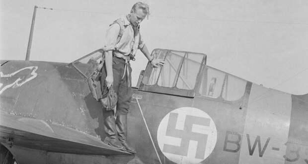 «Вызывает недоумение»: финские ВВС отказались от нацистской символики