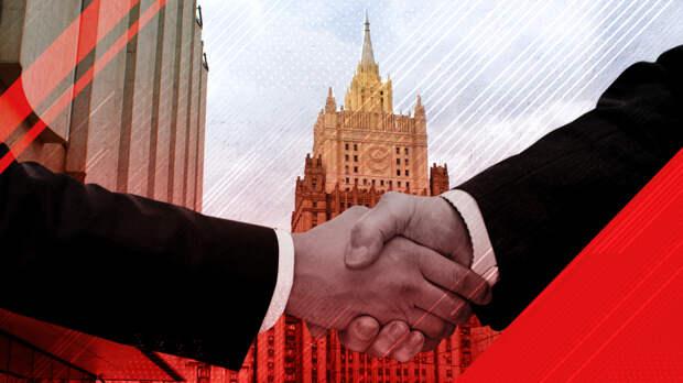 """Вассерман объяснил природу """"дипломатической игры"""" Чехии против России"""