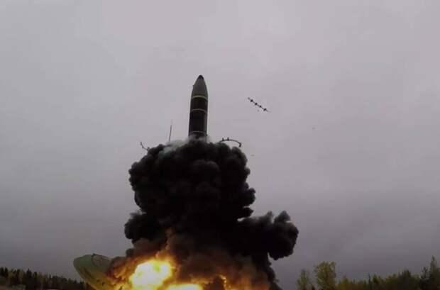 Американский адмирал: Ядерная война с Россией или Китаем становится вполне возможной