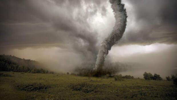 На китайский Ухань обрушился торнадо