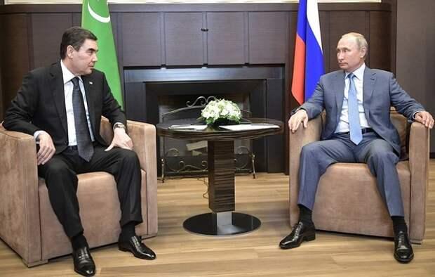 Спасибо, не хочется. Президент Туркменистана отказался приехать на парад Победы в Москву