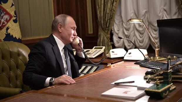 Путин обсудил с эмиром Катара Чемпионат мира по футболу в 2022 году