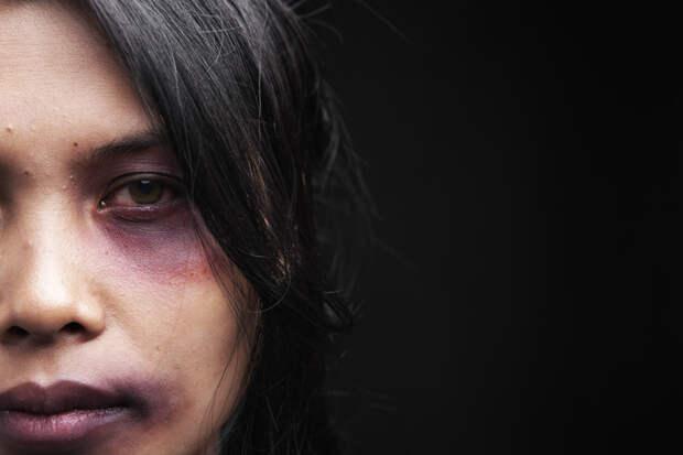 2. 50% убийств женщин совершается их бывшими мужьями или парнями. мужчины, факты
