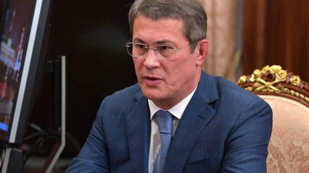 Глава Башкортостана поздравил жителей ЛДНР с годовщиной образования республик