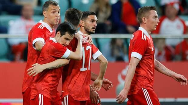 Тренер сборной Финляндии Канерва выделил двух футболистов сборной России перед стартом Евро-2020