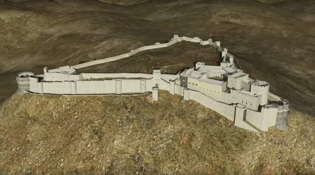 С западной стороны от моря холм имеет пологий подъём. Именно здесь находится вход в замок и расположены самые мощные укрепления — два ряда вздымающихся друг за другом стен с выступающими из них прямоугольными и цилиндрическими башнями - Свидетель крестовых походов   Warspot.ru