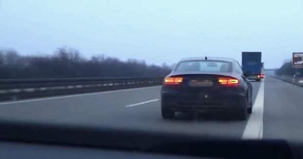 Полицейская погоня за автомобилем на скоростном немецком автобане
