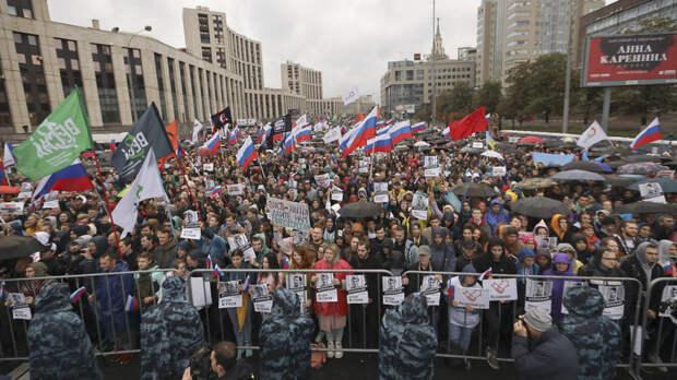 Канадская журналистка рассказала о «равнодушии» участников митинга в Москве