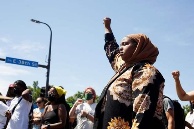 В США четвёртый день продолжаются протесты из-за гибели афроамериканца