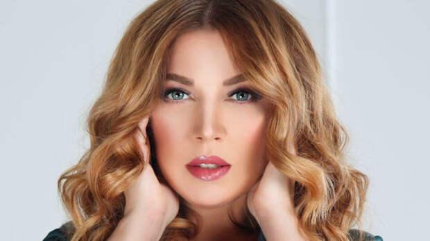 Похудевшая звезда Comedy Woman Екатерина Скулкина удивила фанатов ярким образом