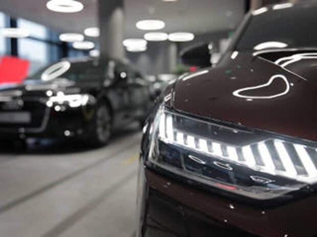 Продажи новых легковых машин в России выросли в 3,9 раза