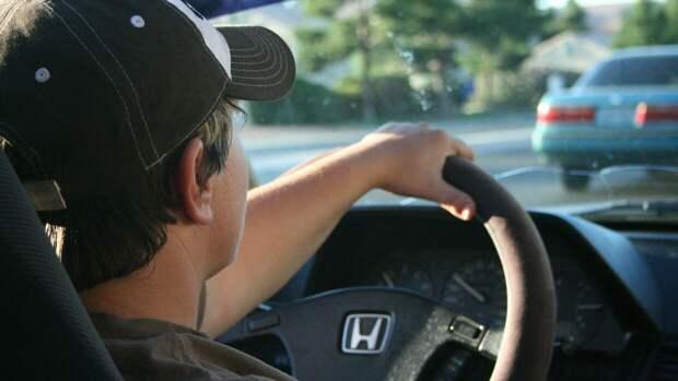 Автомобилистам объяснили необходимость езды на высоких оборотах