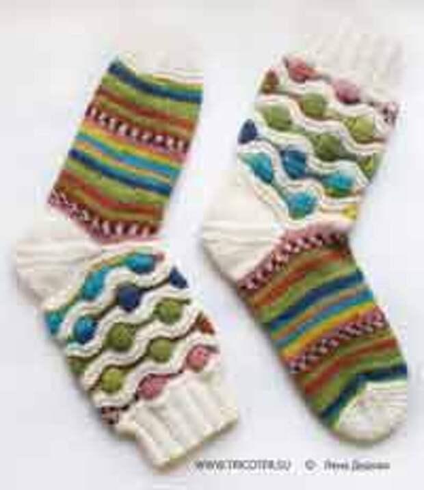 ВЯЖЕМ. Многоцветные носки и гольфы