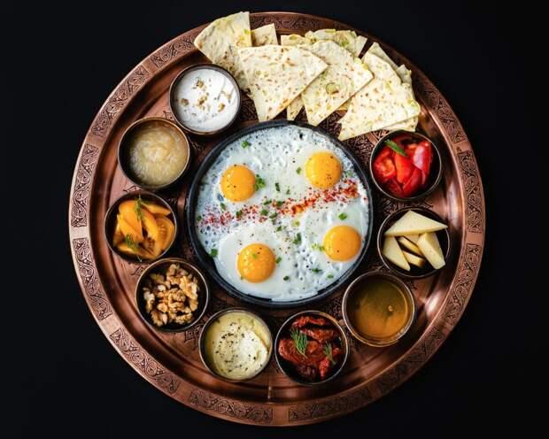 Настоящий kahvalti на завтрак, теперь доступен каждый день в Bazar Mangal