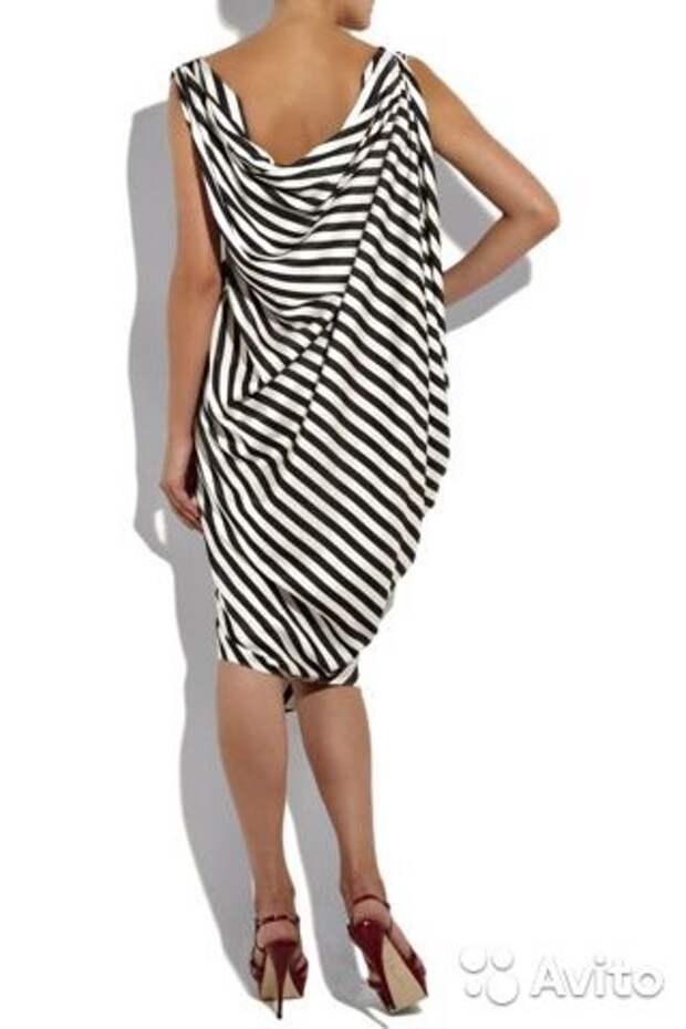 Выбираем полосатое платье на лето 2021