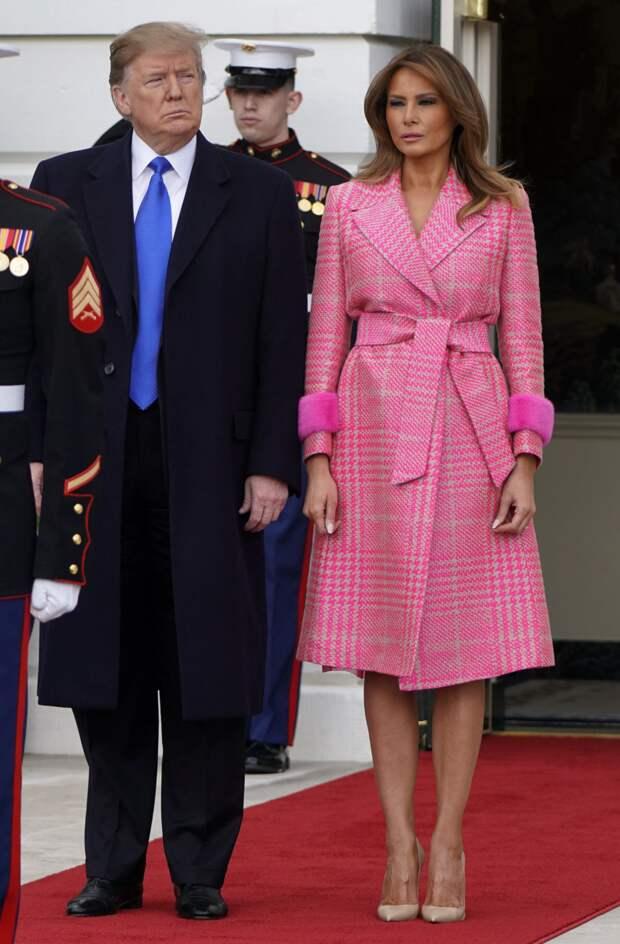 Стильные образы Мелании Трамп, которые легко можно взять на заметку