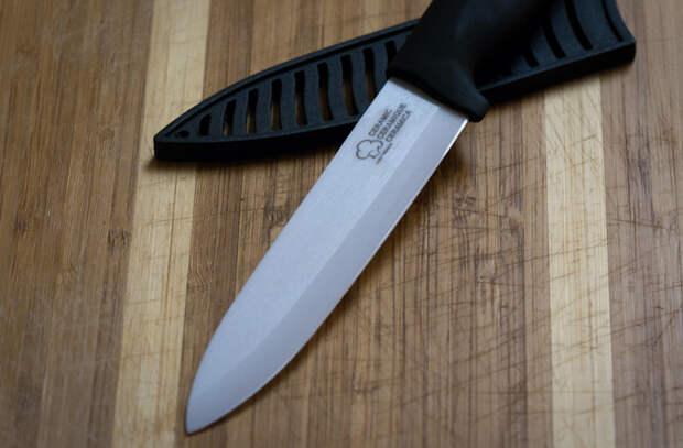 Используем керамические ножи: повар поделился правилами обращения и заточки