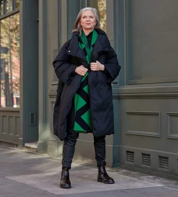 На примере красоток-блогеров, или как одеваться стильно после 50
