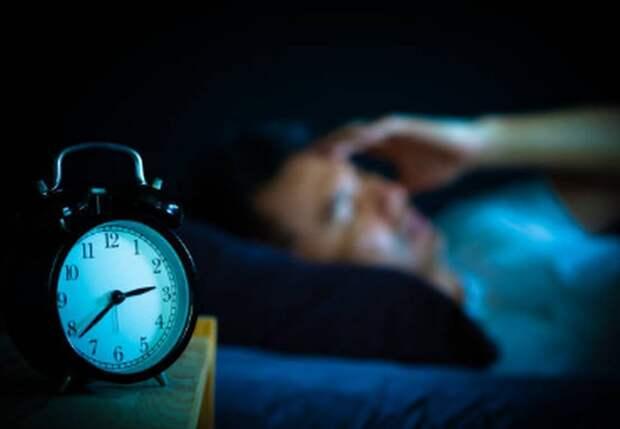 Врач назвала опасные причины ночных пробуждений