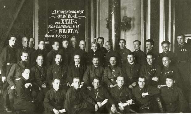Климент Ефремович Ворошилов: страницы жизни