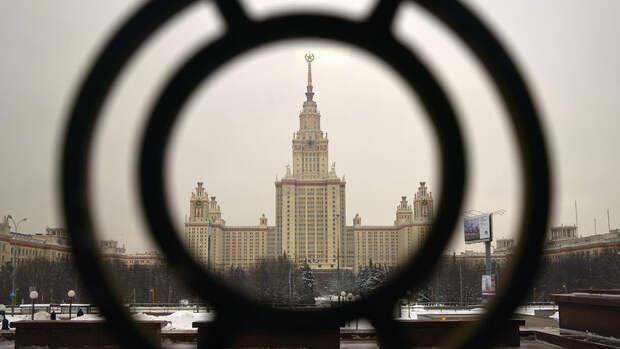 Депутата Мосгордумы Тарасова отпустили после акции у МГУ