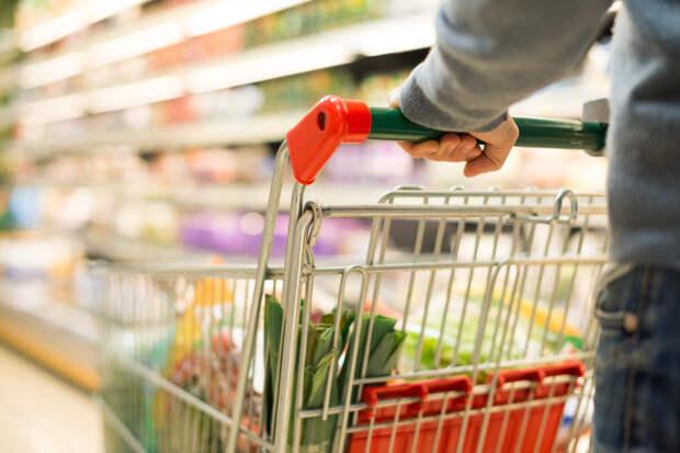 Россияне вернулись к офлайн-шоппингу после окончания самоизоляции