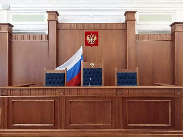 В Прикамье суд на закрытом заседании отправил в СИЗО пытавшегося зарезать учительницу лицеиста