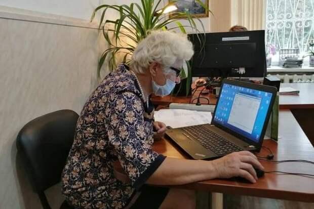 Работающие пенсионеры получили право на доплату
