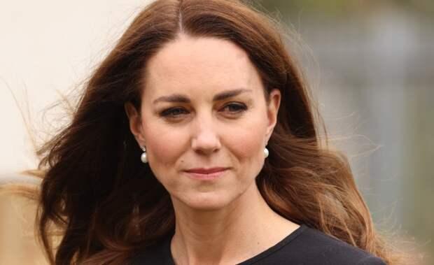 Кейт Миддлтон вышла в свет в серьгах королевы Елизаветы II