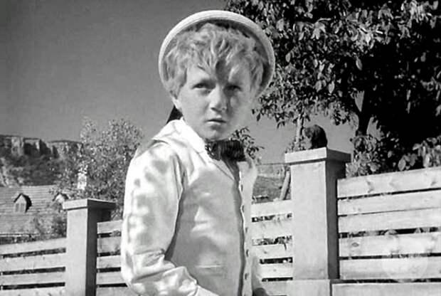 Как сложилась жизнь мальчика, сыгравшего вождя краснокожих и Плохиша. Не думал, что всё так грустно!