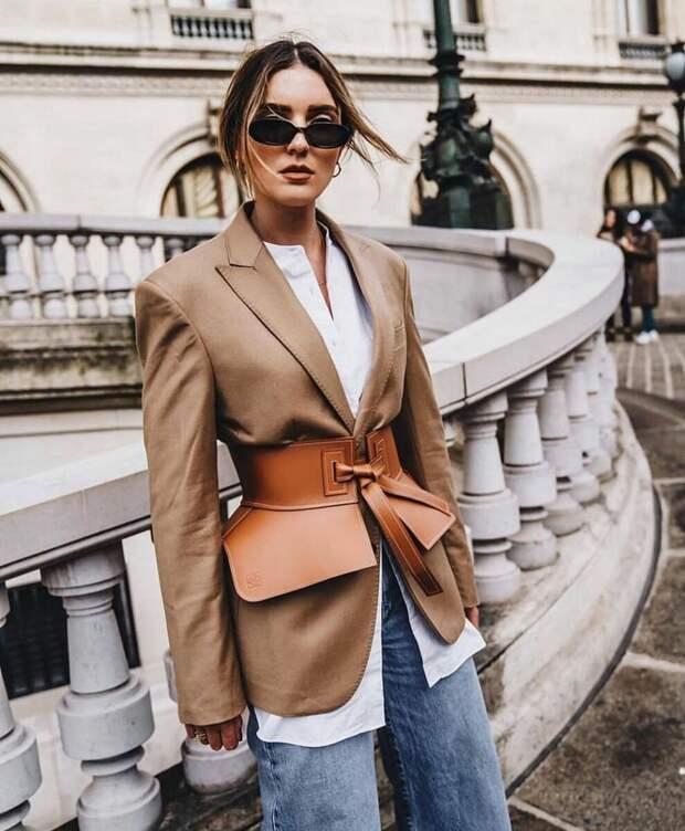 Скоро так будут ходить многие модницы: 10 стильных образов весна 2021