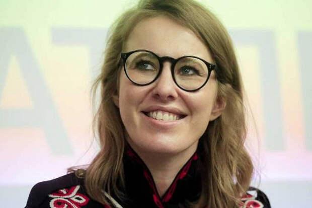 Собчак раскритиковала жену Тарасова заиспользование фотошопа