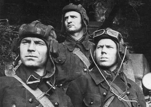 Три танкиста  (Б.Ласкин)