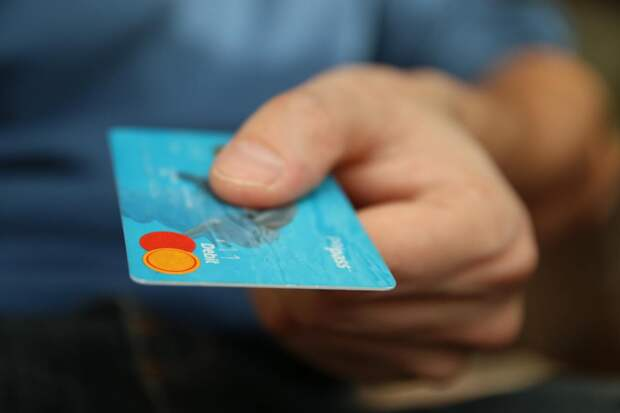 Банки опробуют автосписание средств за услуги по запросу компаний