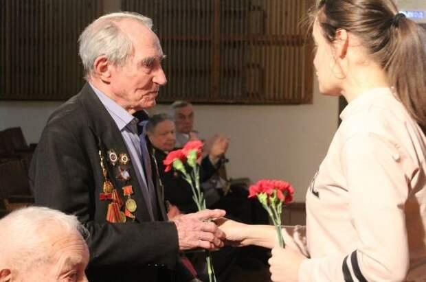 Участники и инвалиды Великой Отечественной войны получили выплаты к 9 мая