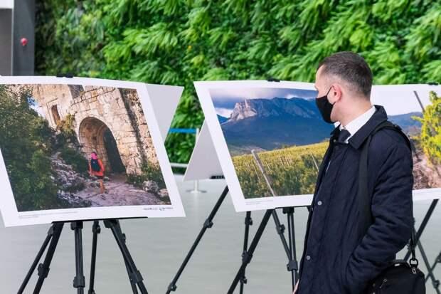 В Крыму отмечают 7-ю годовщину воссоединения Крыма с Россией : фото, видео. Трансляция (обновляется)