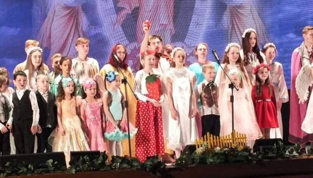 Дети из церковной школы Подольска показали спектакль о воскрешении Христа