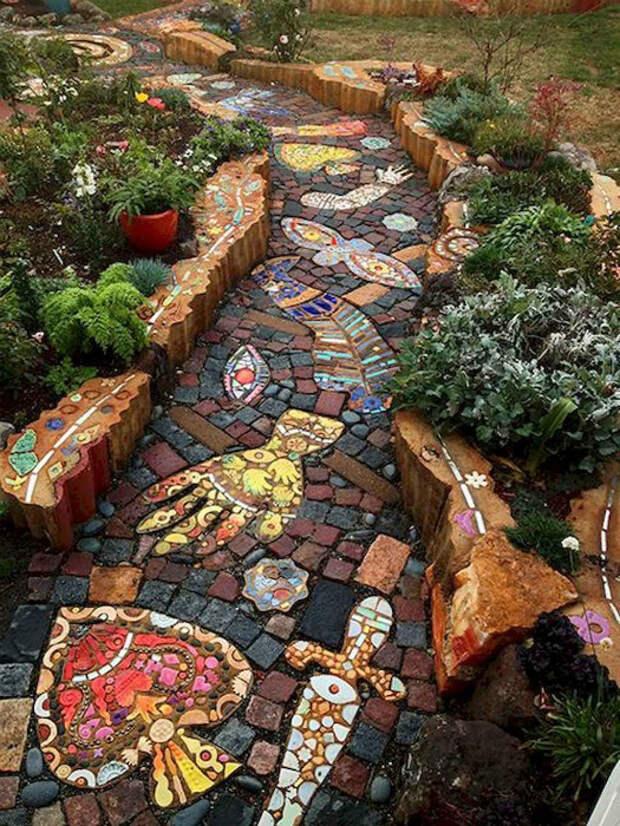 Фантастическая каменная мозаика.   Фото: Pinterest.