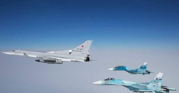 Российский Ту-22 заодин полет отработал удары повсем базам НАТО в Средиземноморье