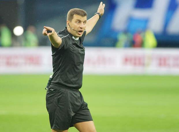 Арбитру Вилкову не впервой ошибаться на матчах между «Зенитом» и «Локомотивом»
