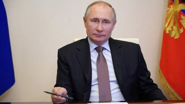 Путин заявил, что надежность вакцины Moderna будет понятна только через 10 лет