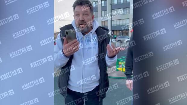 Отец и сын избили тиктокеров в эпатажных костюмах в Петербурге