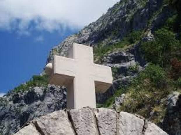 Черногория открыла гонения на Сербскую Православную Церковь