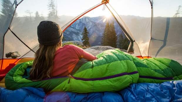 Как правильно выбрать спальник для похода