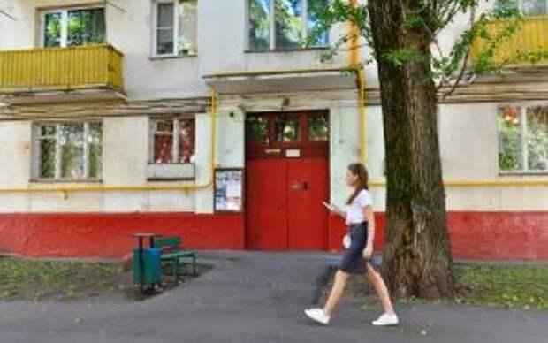 Дверь в доме закрывается плотно/Денис Афанасьев, ЮВК