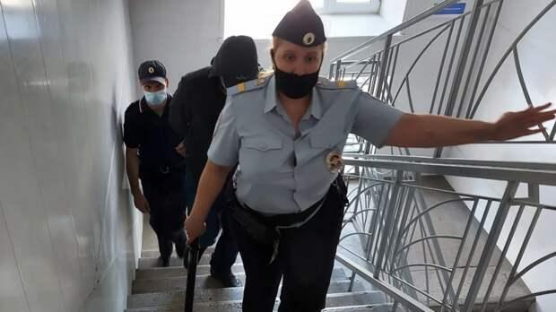 «Повлиял общественный резонанс»: адвокат рассказал о подробностях дела инспектора ДПС, застрелившего нарушителя