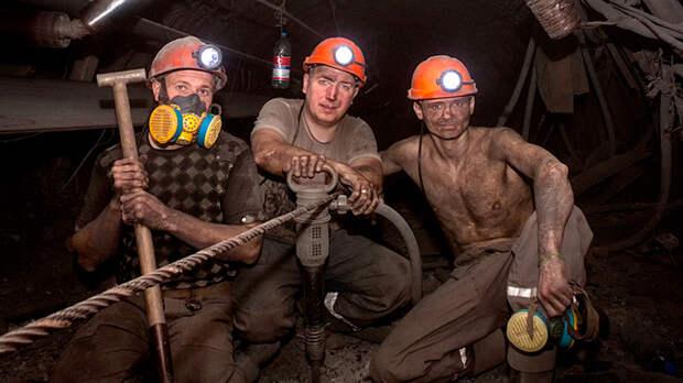 Всему виной офшоры. Рост цен на уголь обогатит олигархов, но наша экономика не получит ничего