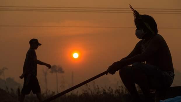 В Бразилии во время пандемии участились нападения на индейцев