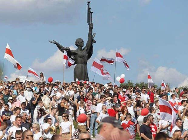 Эксперт оценил возможность силового вмешательства России в события в Белоруссии
