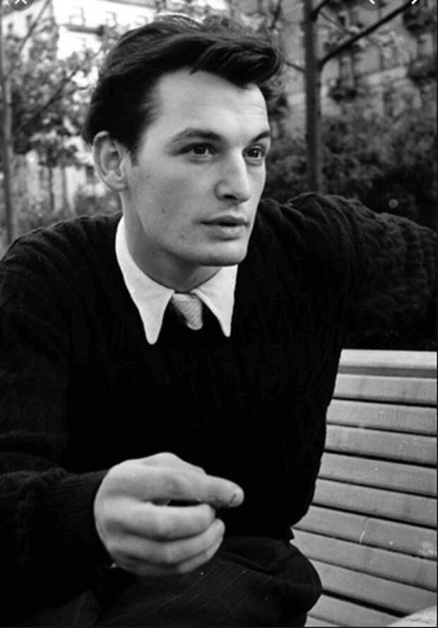 Киношные 60-е: 5 самых красивых актёров этого периода